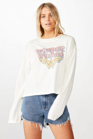 Cotton On Slogan | Womens Relaxed Fit Graphic Long Sleeve Lcn Wb Wonder Woman Logo/Gardenia